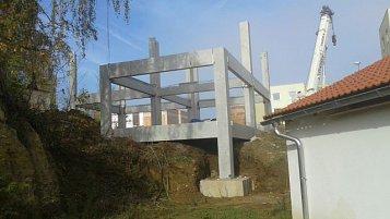 Výstavba atriových a řadových rodinných domů na Vysočině